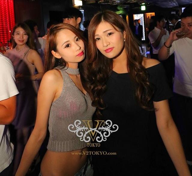Hook pick up bars Tokyo single ladies nightlife Shibuya