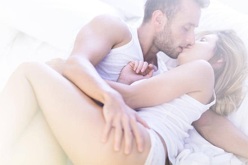 The #1 Trick That Makes Talking to Hot Women Easy