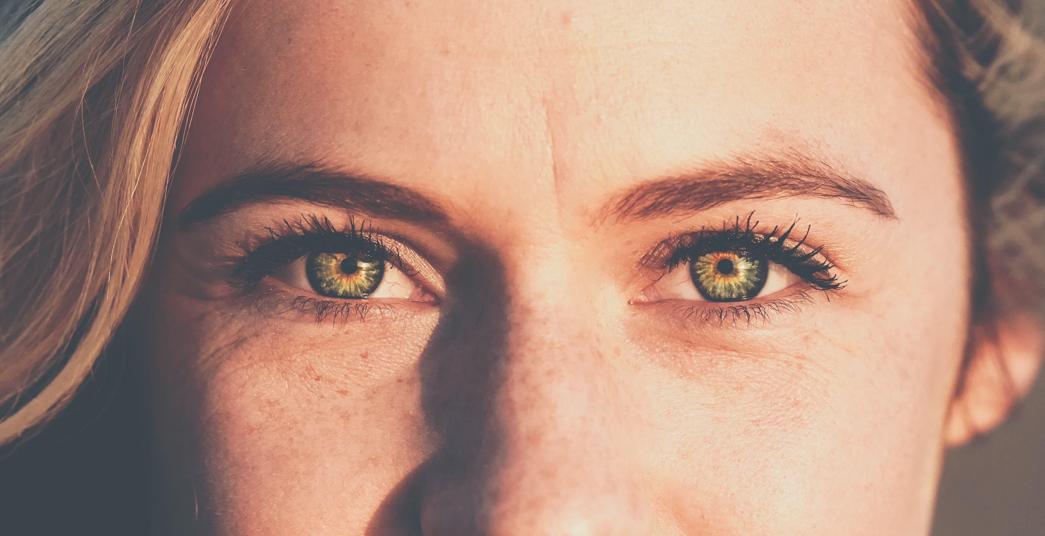 Good eye contact